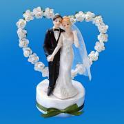 Dekoelement Brautpaar mit Rosenherz